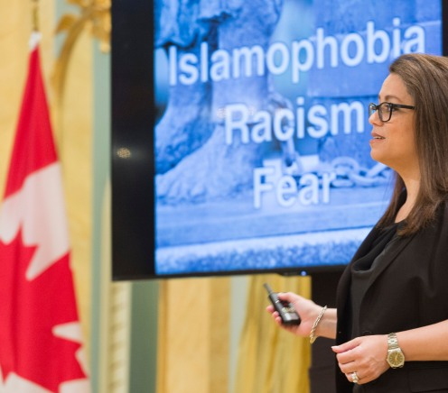 GG05-2017-0327-017 September 15, 2017 Rideau Hall, Ottawa, Ontario, Canada Storyteller 2017 Winner Nadia Naffi spoke during the ceremony. His Excellency the Right Honourable David Johnston, Governor General of Canada, presented the 2017 Social Sciences and Humanities Research Council (SSHRC) Impact Awards during a ceremony at Rideau Hall, on September 15, 2017. The annual SSHRC Impact Awards recognize the highest achievements in social sciences and humanities research, knowledge mobilization and scholarship supported by SSHRC. The ceremony also showcased last June's top five winners of the SSHRC's annual Storytellers competition, who were selected from among 25 finalists in a national challenge to find innovative ways to communicate the impact of social sciences and humanities research. Credit: Sgt Johanie Maheu, Rideau Hall, OSGG